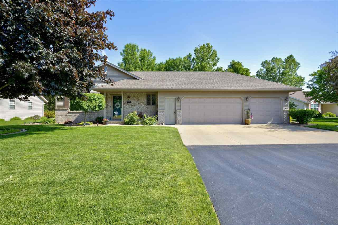 Photo for W3054 JUST ABOUT Lane, APPLETON, WI 54915 (MLS # 50241453)