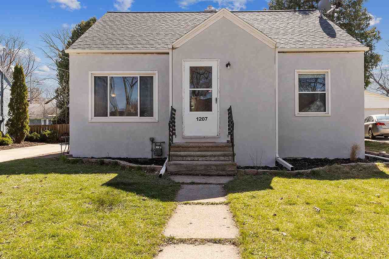 1207 14TH Avenue, Green Bay, WI 54304 - MLS#: 50238458