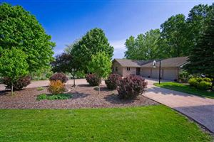 Photo of W620 CLIFTON Road, SHERWOOD, WI 54169 (MLS # 50204462)
