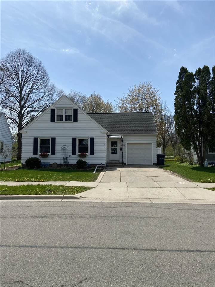 1305 BISMARCK Street, Green Bay, WI 54301 - MLS#: 50239480