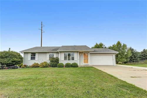 Photo of 480 SUPERIOR Road, GREEN BAY, WI 54311 (MLS # 50229482)