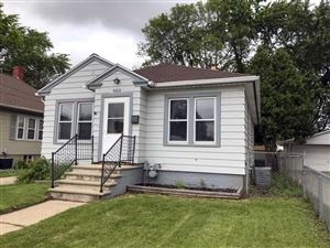 Photo of 900 SCHOOL Place, GREEN BAY, WI 54303 (MLS # 50206483)