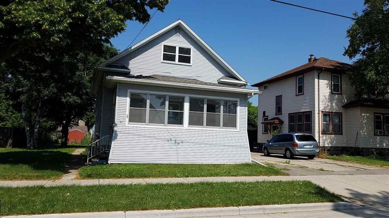 17 LAKE Street, Oshkosh, WI 54901 - MLS#: 50229485