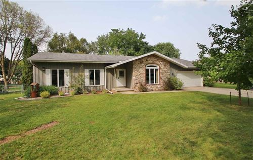 Photo of 2735 NEWBERRY Avenue, GREEN BAY, WI 54302 (MLS # 50229486)