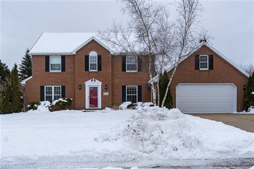 Photo of 235 E EVERGREEN Drive, APPLETON, WI 54913 (MLS # 50216497)
