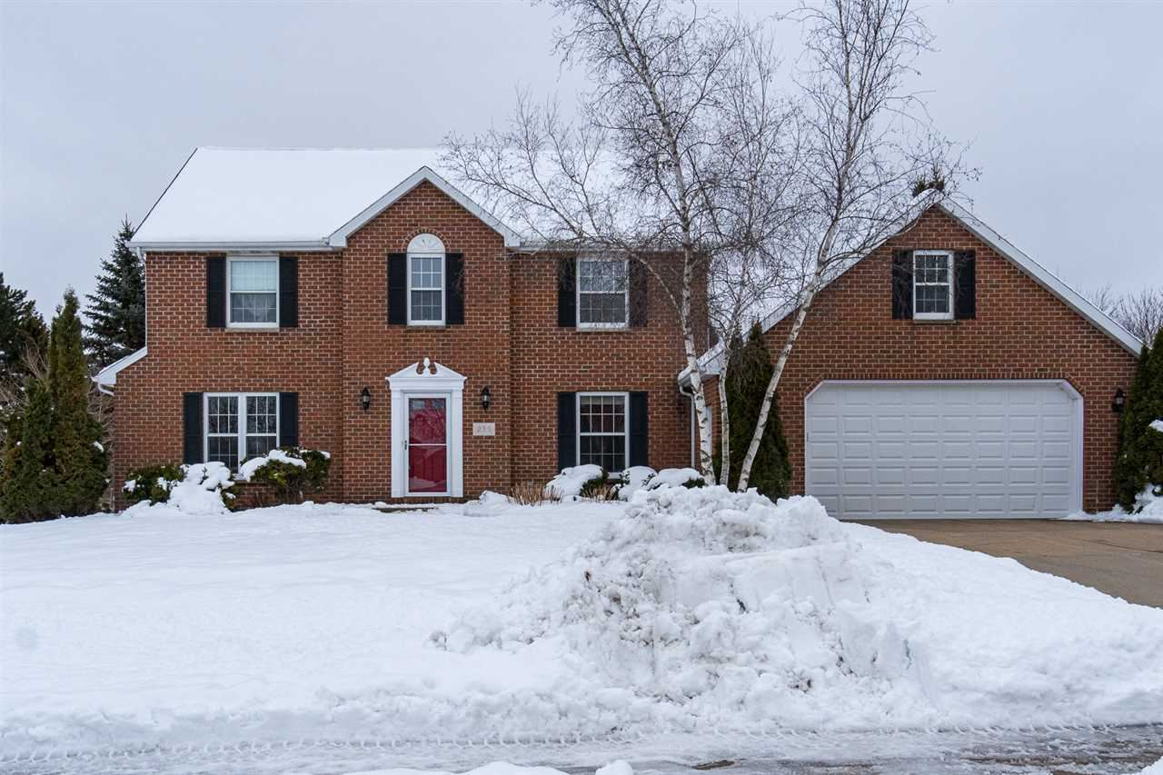 Photo for 235 E EVERGREEN Drive, APPLETON, WI 54913 (MLS # 50216497)
