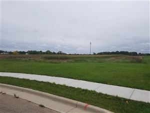 Photo of 636 CAREFREE Court, COMBINED LOCKS, WI 54113 (MLS # 50206512)