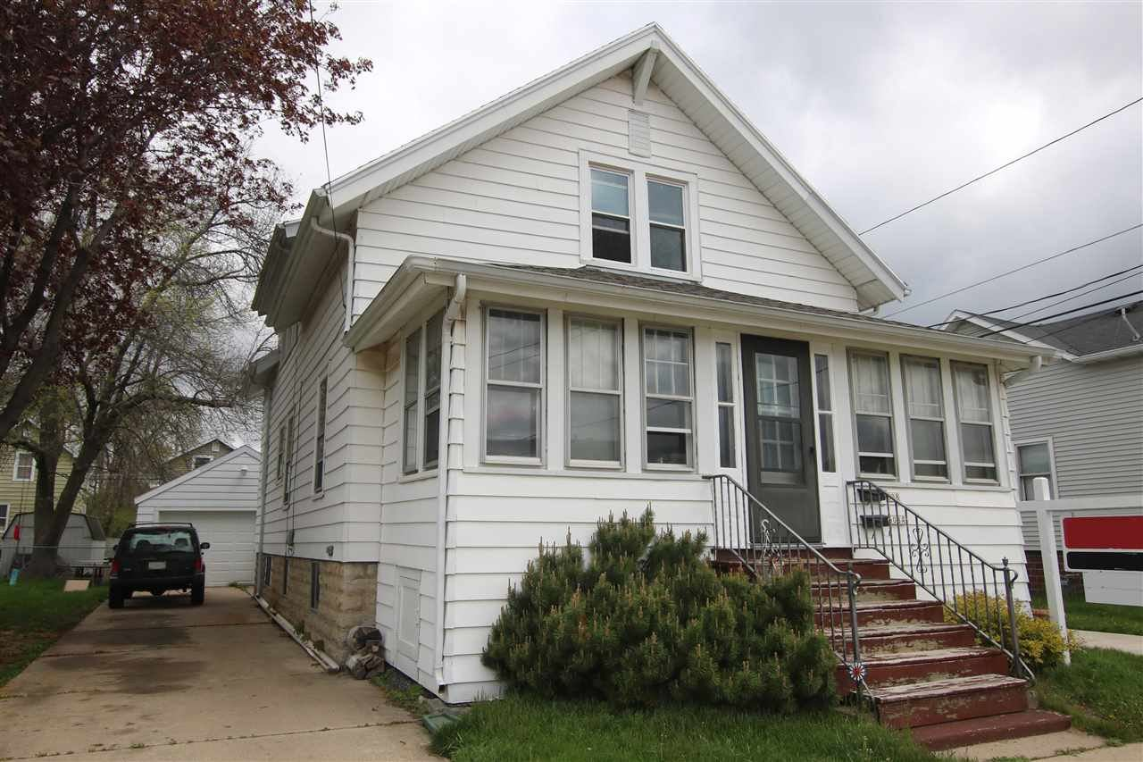 608 W 8TH Avenue, Oshkosh, WI 54902 - MLS#: 50239516
