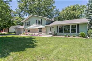 Photo of 2166 BARBERRY Lane, GREEN BAY, WI 54304 (MLS # 50206519)