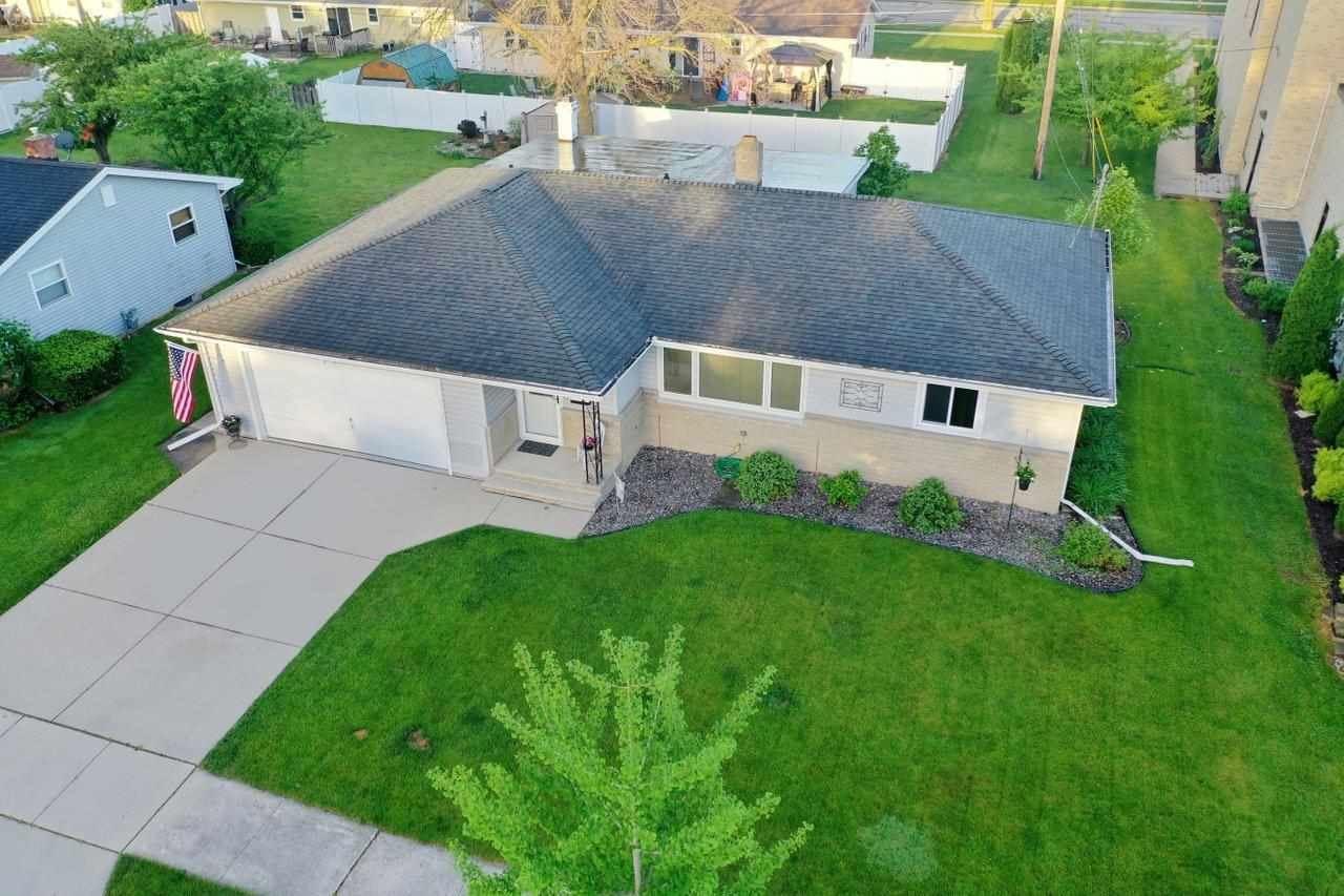 1783 CHATEAU Drive, Green Bay, WI 54304 - MLS#: 50241526