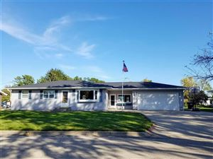 Photo of 1810 LAWRENCE Street, NEW LONDON, WI 54961 (MLS # 50212532)