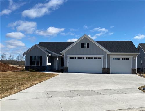 Photo of 3163 ENCHANTED Court, GREEN BAY, WI 54311 (MLS # 50191535)