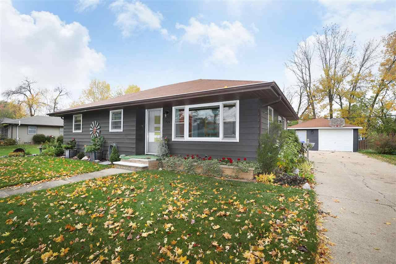 716 E COOLIDGE Avenue, Appleton, WI 54915 - MLS#: 50230540