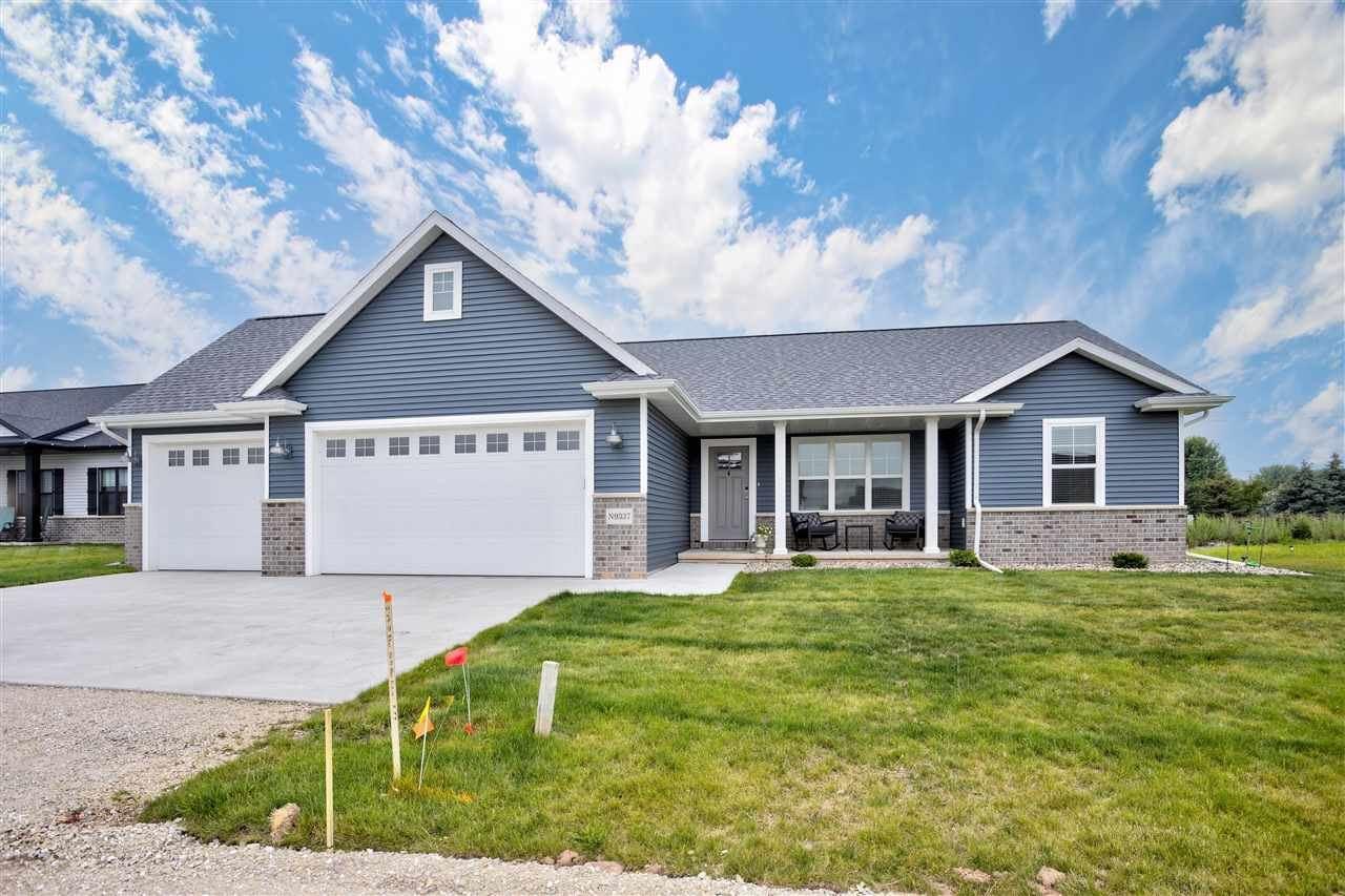 N9337 ROSELLA Drive, Appleton, WI 54915 - MLS#: 50244548