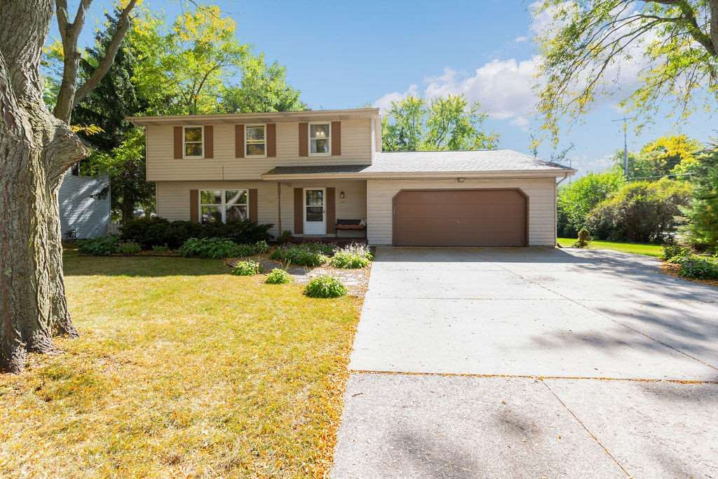 701 MANCHESTER Road, Neenah, WI 54956 - MLS#: 50228553