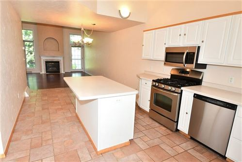 Tiny photo for 1036 E GREEN TREE Court #B, APPLETON, WI 54915 (MLS # 50209554)