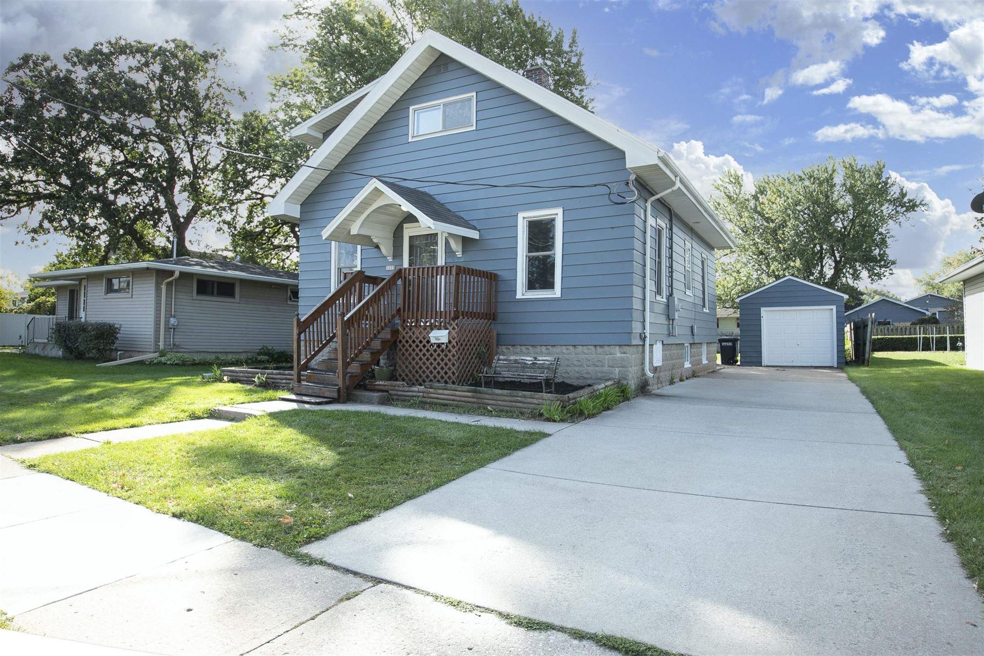 1227 W 9TH Avenue, Oshkosh, WI 54902 - MLS#: 50248562