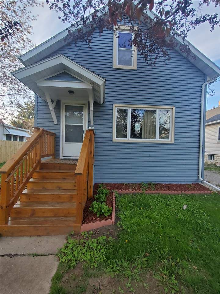 316 E LINCOLN Avenue, Oshkosh, WI 54901 - MLS#: 50239569