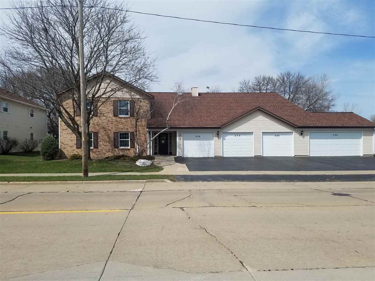 526 W SMITH Avenue, Oshkosh, WI 54901 - MLS#: 50232572