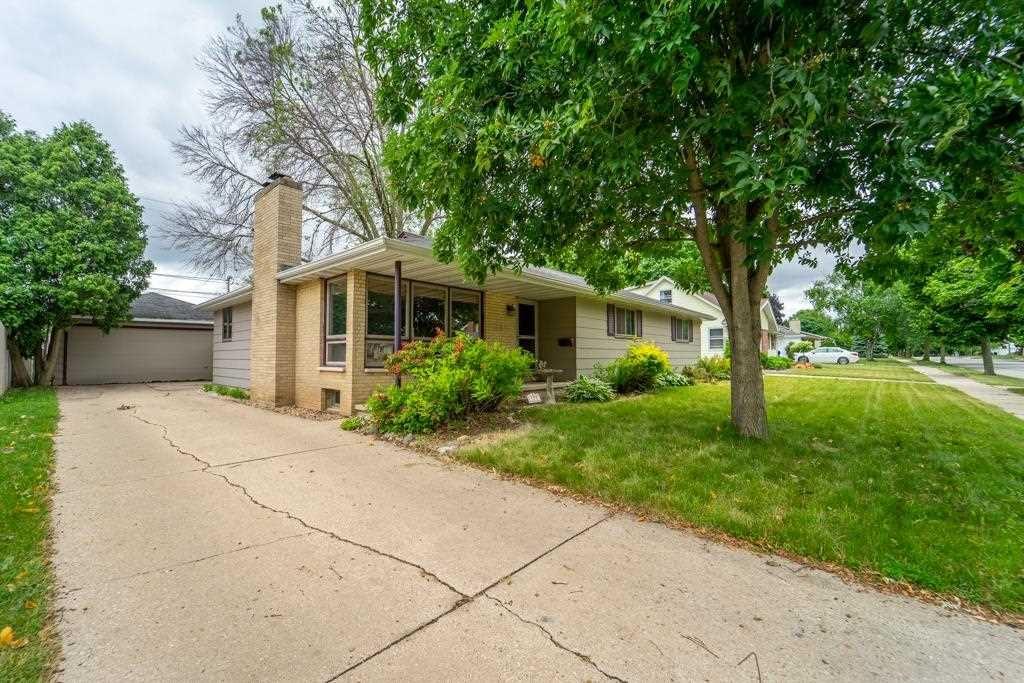 1307 E PERSHING Street, Appleton, WI 54911 - MLS#: 50242572