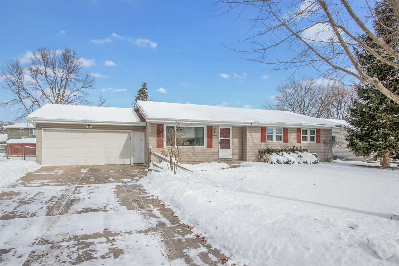1090 VALLEY VIEW Road, Green Bay, WI 54304 - MLS#: 50235575