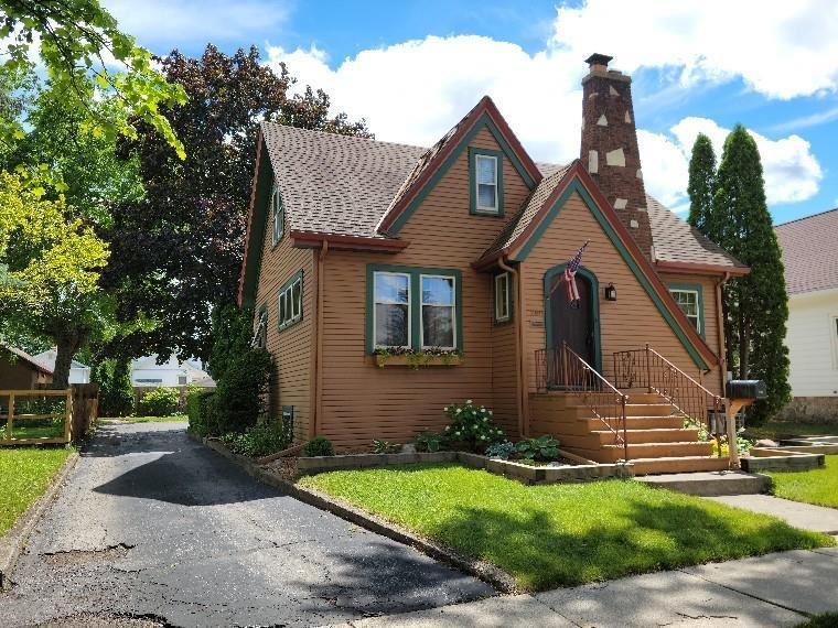 260 E FOLLETT Street, Fond du Lac, WI 54935 - MLS#: 50242575