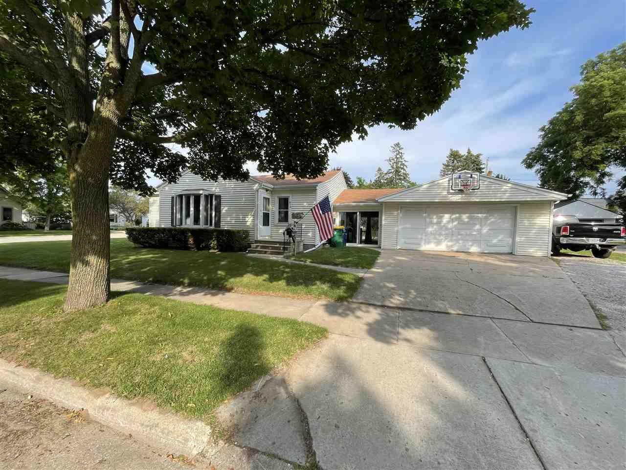 918 N PLATTEN Street, Green Bay, WI 54303 - MLS#: 50244576
