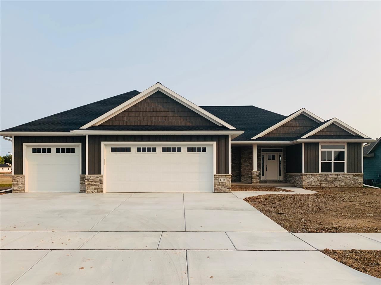 425 RIVERS EDGE Drive, Kimberly, WI 54136 - MLS#: 50229578