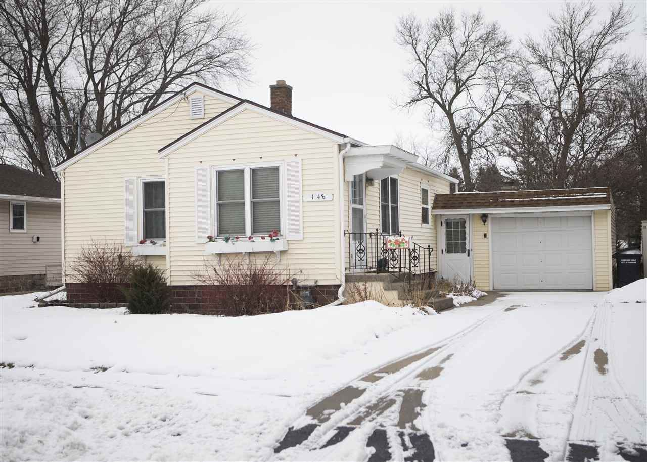1948 MICHIGAN Street, Oshkosh, WI 54901 - MLS#: 50234585