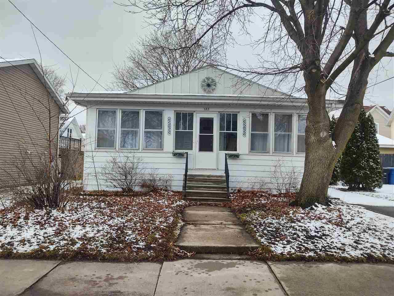 683 GRAND Street, Oshkosh, WI 54901 - MLS#: 50237586