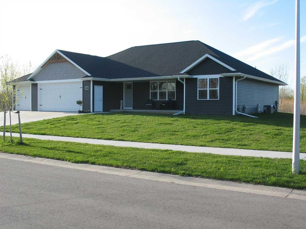 1327 HUNTER Avenue, Fond du Lac, WI 54937 - MLS#: 50239587