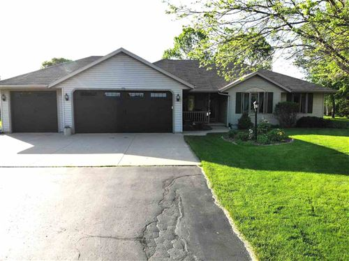 Photo of 2595 W OAKBROOK Court, APPLETON, WI 54915 (MLS # 50222592)