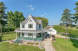 Photo of 1082 VELP Avenue, GREEN BAY, WI 54303 (MLS # 50191603)