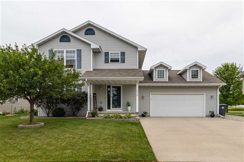 Photo of 2639 MARATHON Avenue, NEENAH, WI 54956 (MLS # 50226626)