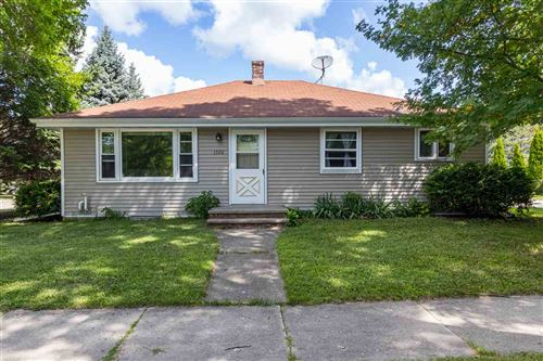 Photo of 1320 W LINDBERGH Street, APPLETON, WI 54914 (MLS # 50226630)
