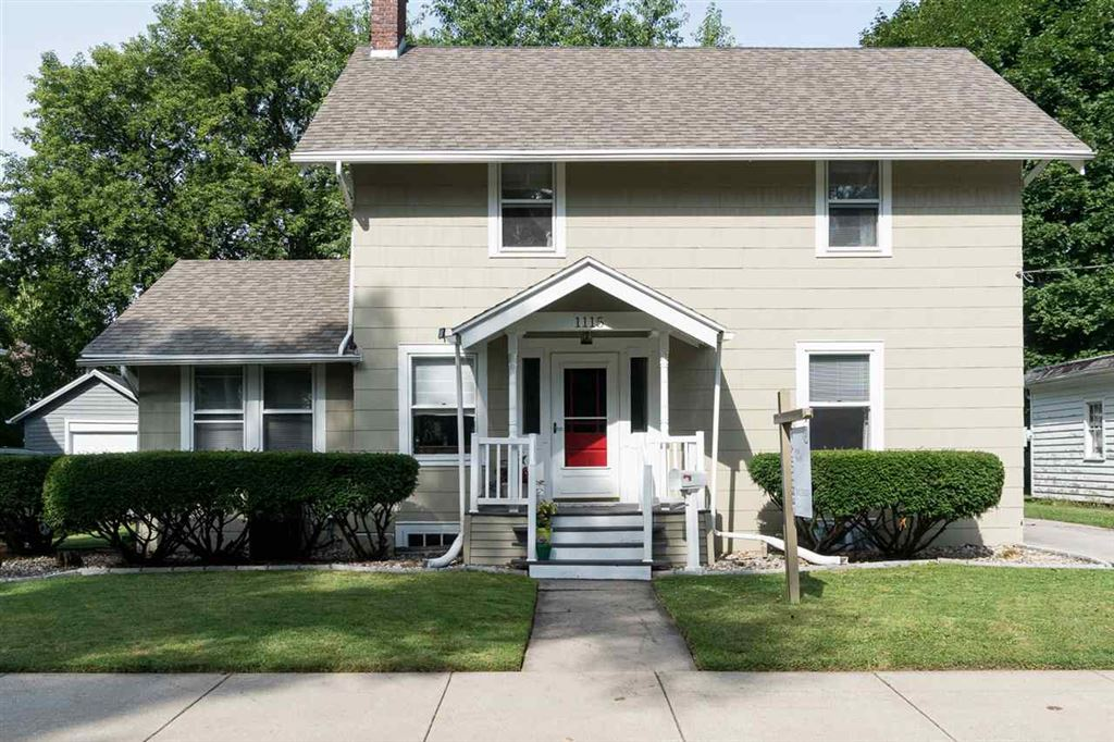 Photo for 1115 N CLARK Street, APPLETON, WI 54911 (MLS # 50208633)