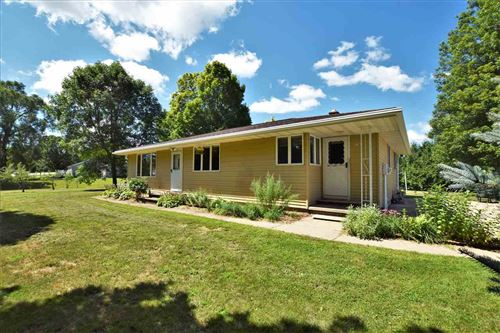 Photo of 3747 FLINTVILLE Road, GREEN BAY, WI 54313 (MLS # 50226634)