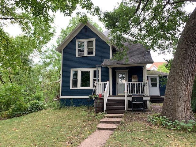 311 N WASHINGTON Street, Waupaca, WI 54981 - MLS#: 50228645