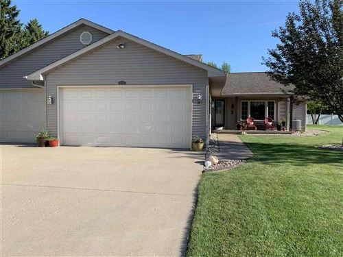 Photo of 2723 OAKDALE Court, OSHKOSH, WI 54904 (MLS # 50226646)