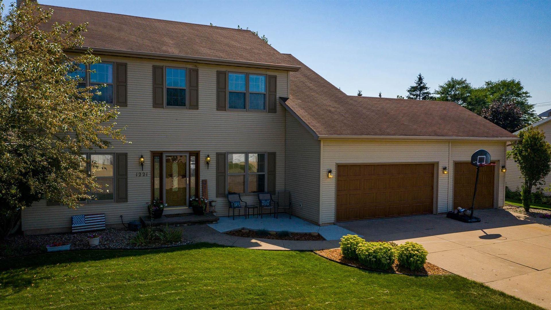 1221 W WOODSTONE Drive, Appleton, WI 54914 - MLS#: 50246647