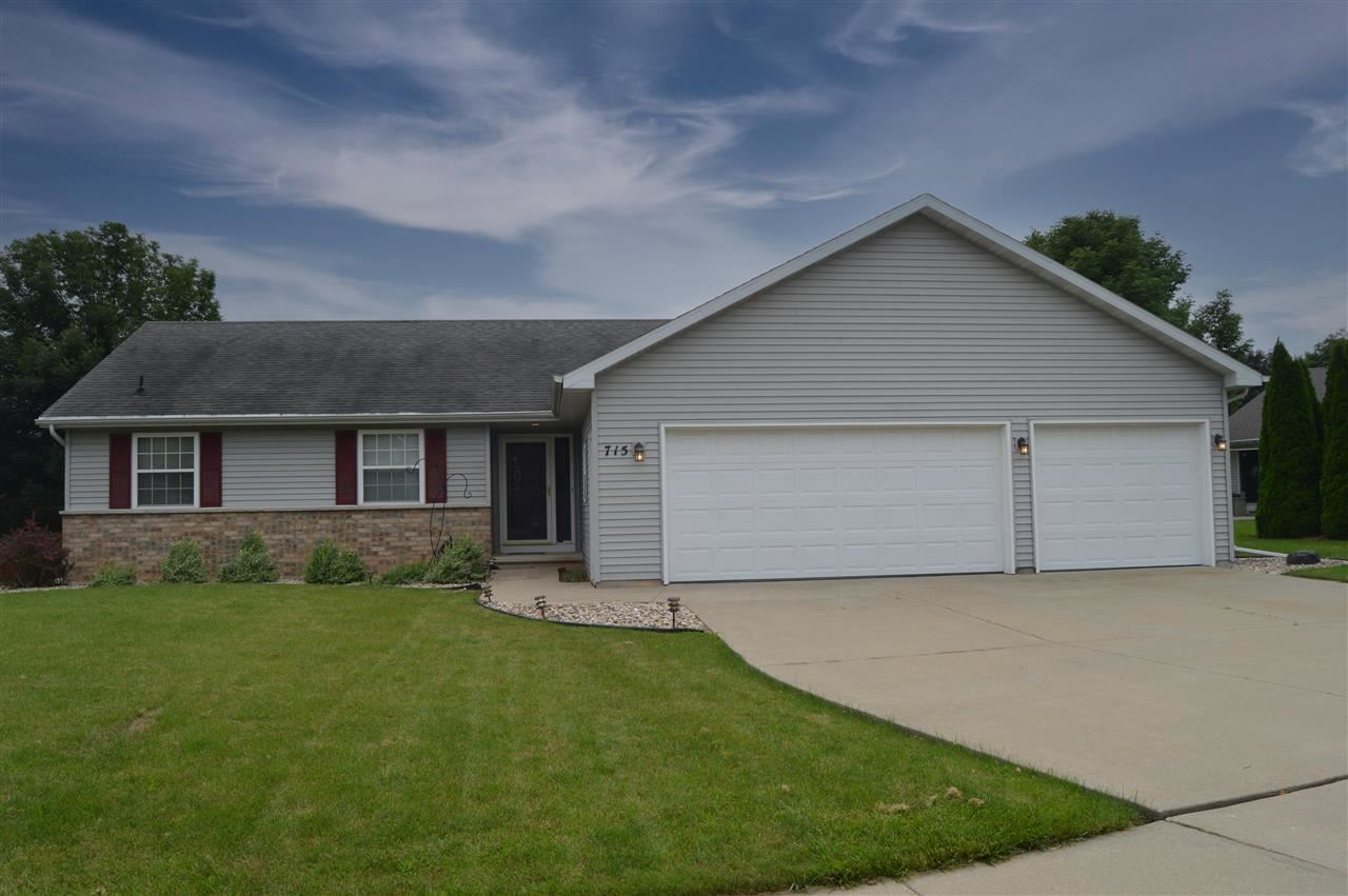 715 APPLE BLOSSOM Court, Kimberly, WI 54136 - MLS#: 50244650