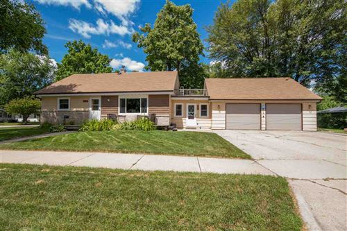 Photo of 960 8TH Street, MENASHA, WI 54952 (MLS # 50226651)