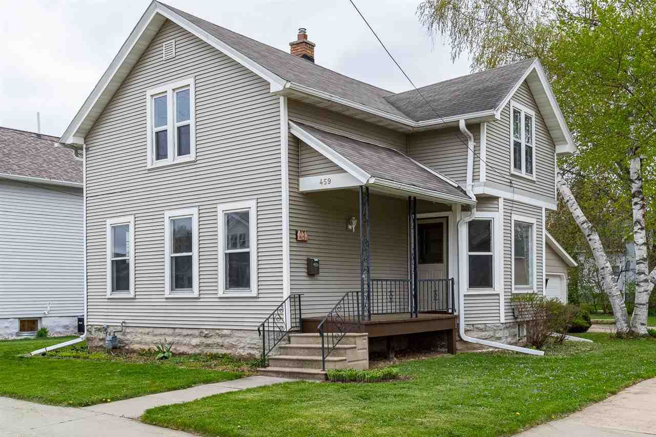 459 W 17TH Avenue, Oshkosh, WI 54902 - MLS#: 50239651
