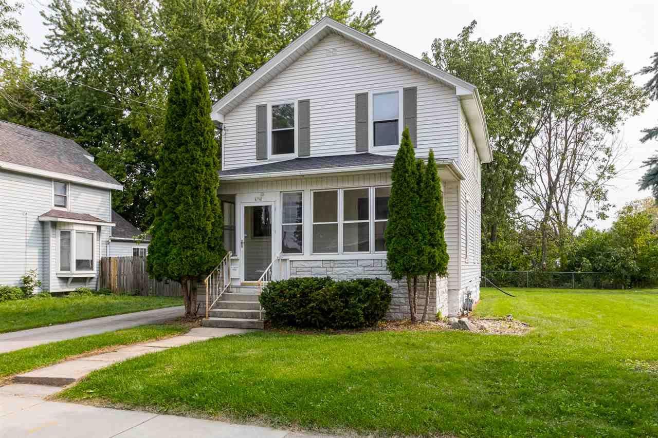 676 GRAND Street, Oshkosh, WI 54901 - MLS#: 50229668