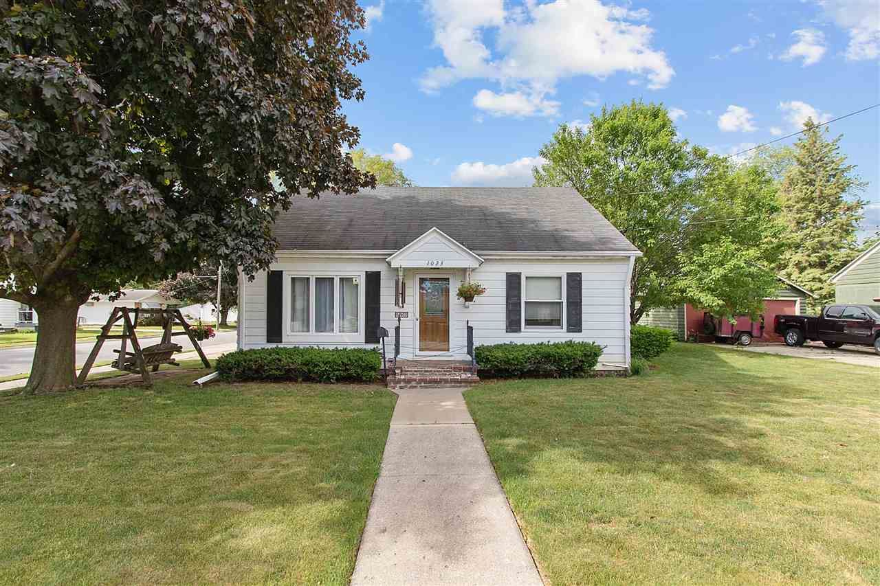 1023 HICKORY HILL Drive, Green Bay, WI 54304 - MLS#: 50242669