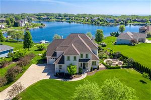 Photo of 2982 HARBOR WINDS Drive, SUAMICO, WI 54173 (MLS # 50203672)