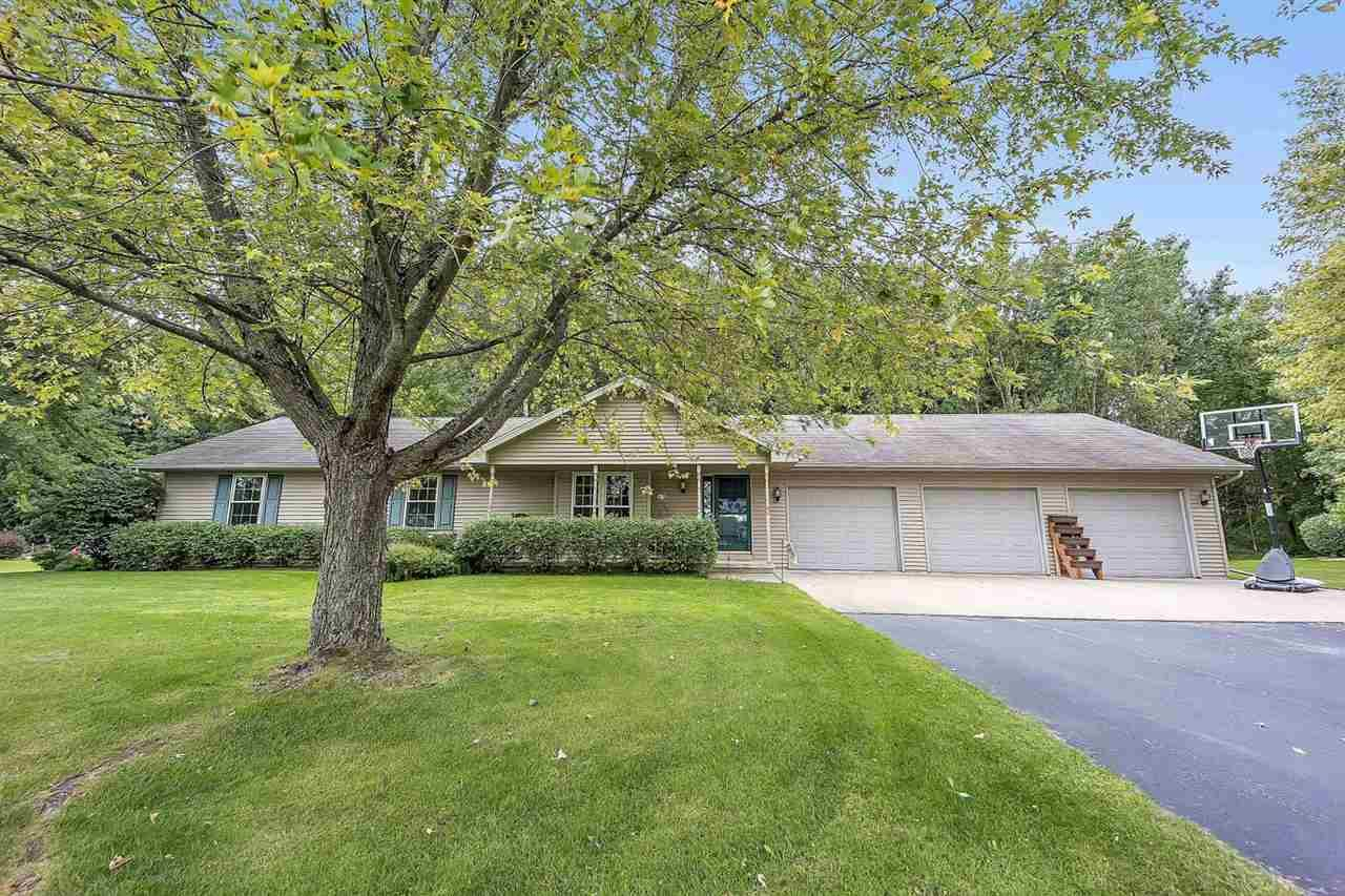 2107 MEADOW HEIGHTS Trail, Green Bay, WI 54313 - MLS#: 50229675