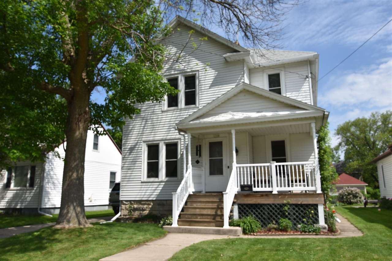 1208 WINNEBAGO Avenue, Oshkosh, WI 54901 - MLS#: 50241680
