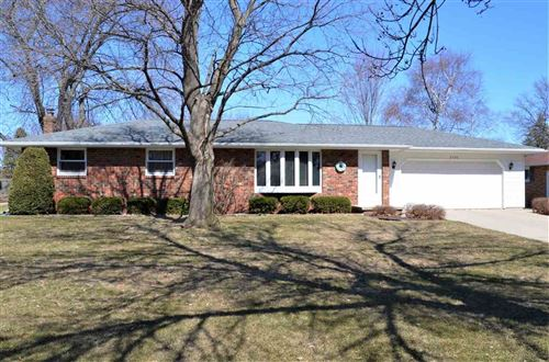 Photo of 2580 OAKWOOD Drive, GREEN BAY, WI 54304 (MLS # 50237685)