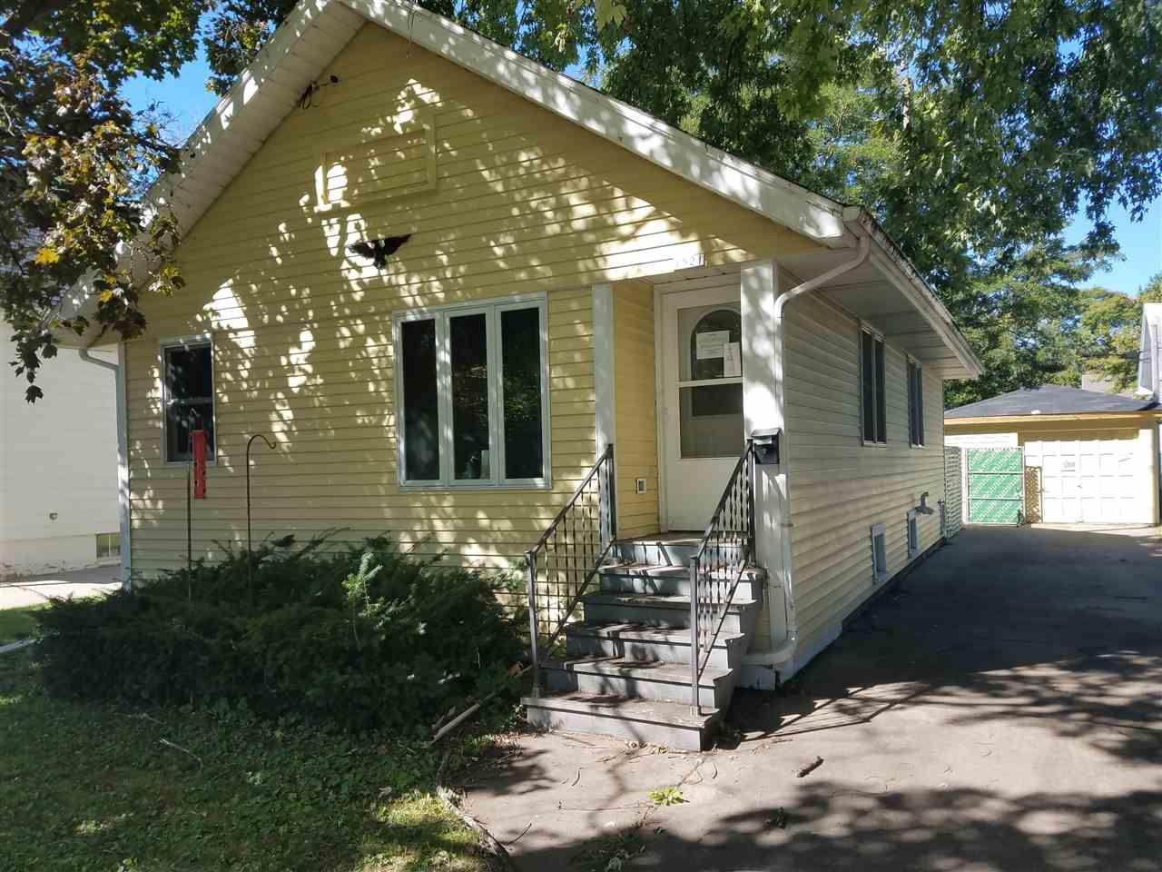 1521 WESTERN Street, Oshkosh, WI 54901 - MLS#: 50230686